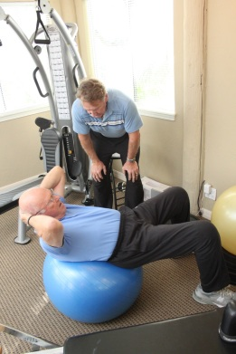 Tim Kearin trains Ken Blanchard on his journey to becoming Fit At Last